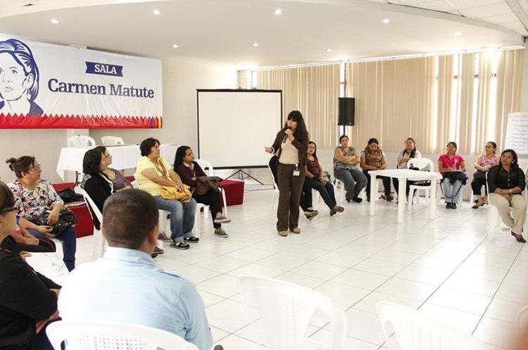Además de libros, hay diferentes talleres para participar en Filgua 2017 (Foto Prensa Libre: Facebook).