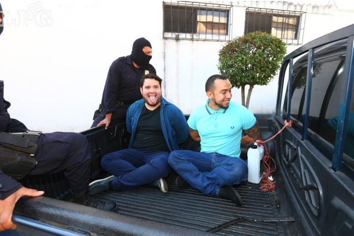 Los allanamientos se realizaron en la vivienda de José Carlos Navarro. (Foto Prensa Libre: La Prensa Gráfica de El Salvador)