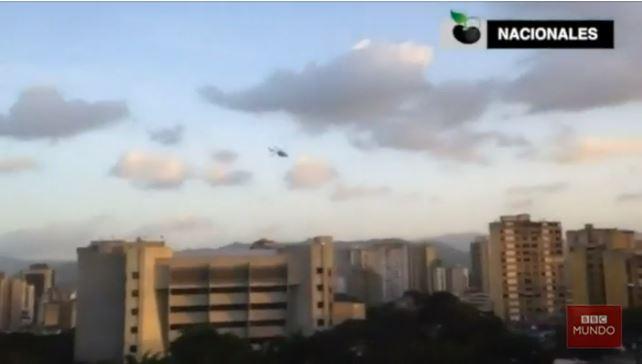 El momento en que un helicóptero del CICPC ataca el Tribunal Supremo de Venezuela