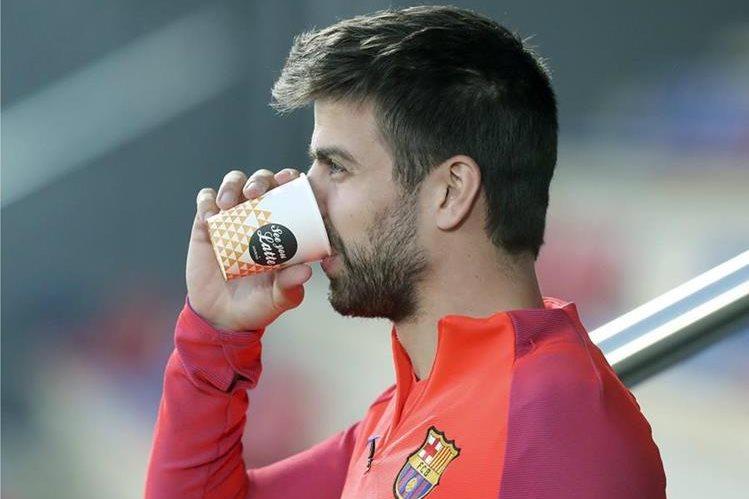 El astro del Barcelona, Gerard Piqué expresó su malestar con la prensa deportiva. (Foto Prensa Libre: EFE)