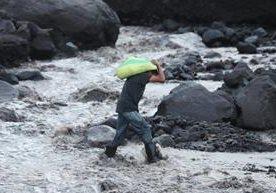 Comunidades cercanas a Volcán de Fuego son doblemente afectadas