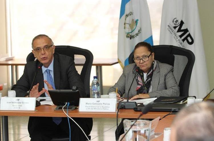 Comisionado Iván Velásquez y la fiscal General, María Consuelo Porras, en reunión con representantes de instituciones del sector justicia. (Foto Prensa Libre: Cicig)