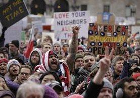 El decreto de Trump desata protestas en el mundo. (Foto Prensa Libre: AP)