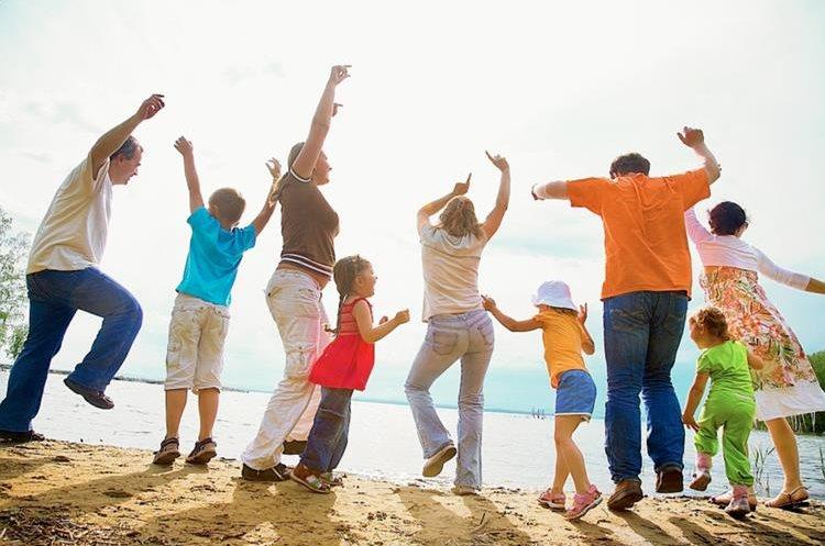 Cualquier momento de convivencia familiar ayuda a tener actividad física. (Foto Hemeroteca Prensa Libre)