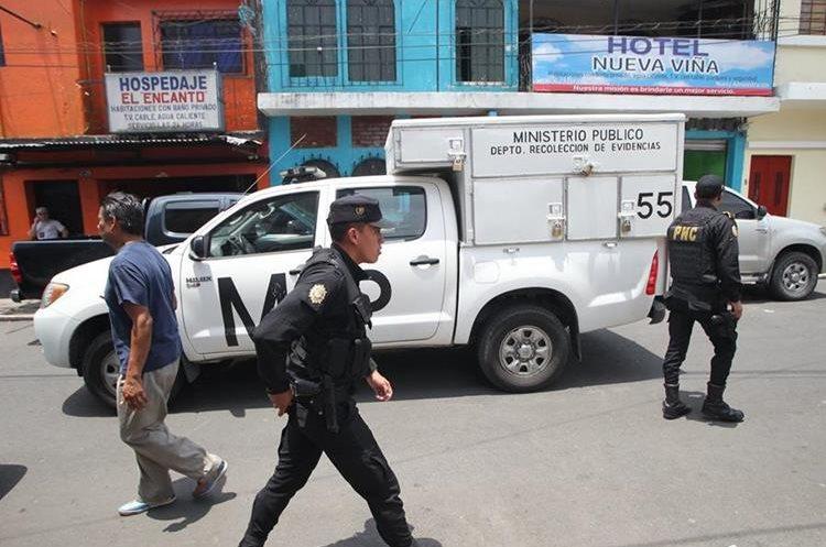 Las víctimas eran trasladadas desde Amatiltán en vehículos hasta hoteles cercanos o en autos de los usuarios. (Foto Prensa Libre: É. Ávila)