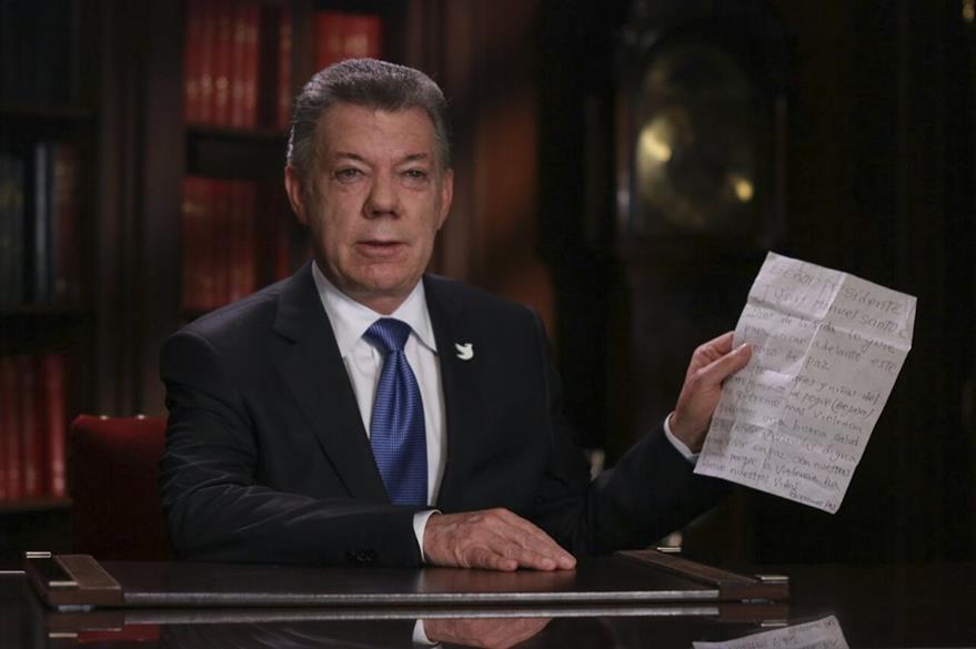Luego del anuncio de los avances con el ELN, el presidente de Colombia, Juan Manuel Santos, dió un mensaje televisado a su país. (Foto Prensa Libre: AFP).