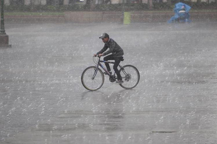 La lluvia seguirá durante todo noviembre, según pronóstico del Insivumeh. (Foto Prensa Libre: Hemeroteca PL)