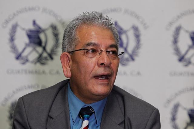 Juez Miguel Ángel Gálvez es resguardado luego de ser amenazado de muerte. (Foto Prensa Libre: Hemeroteca)