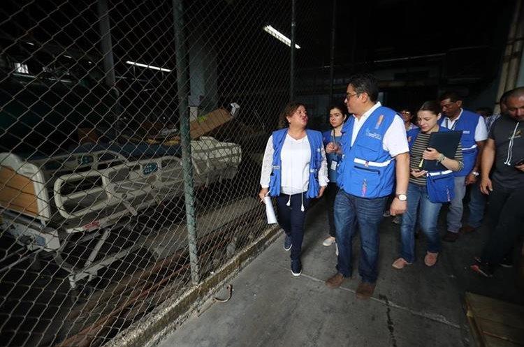 Esta mañana el Procurador de los Derechos Humanos, Jordán Rodas, recorrió el hospital San Juan de Dios donde constató las denuncias de los trabajadores del nosocomio.