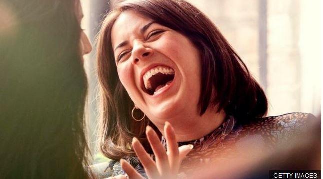 La felicidad produce resultados, también en el trabajo. (Foto Prensa Libre: BBC Mundo)