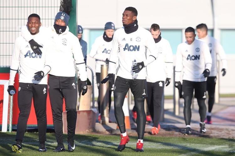 El Manchester United trabajó este viernes de cara al partido del fin de semana frente al Liverpool. (Foto Prensa Libre: Manchester United)