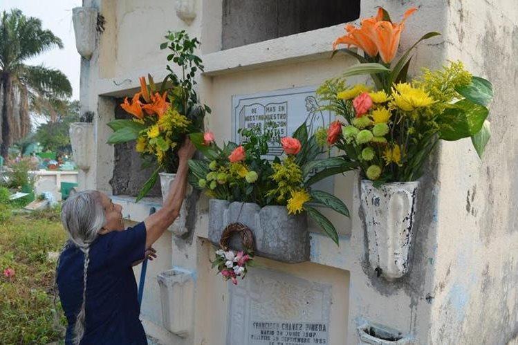 Inacif señaló que identificación de cadáveres inhumados puede ayudar a parientes a ubicar a parientes desaparecidos. (Foto Prensa Libre: Hemeroteca PL)