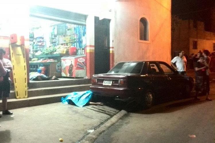 El ataque ocurrió en La Comunidad, zona 10 de Mixco. (Foto Prensa Libre: Estuardo Paredes)