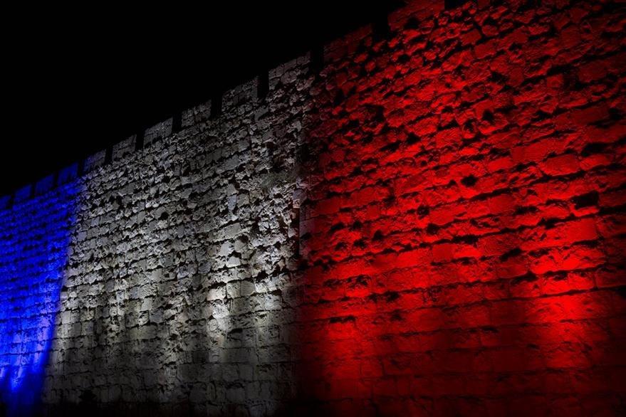 El mundo se solidariza con Francia. (Foto Prensa Libre: AP).