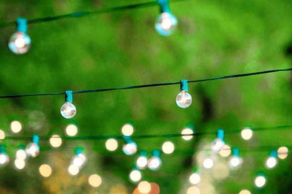 Escoja el tipo de luces para exterior y decorar la entrada - Luces de ambiente ...