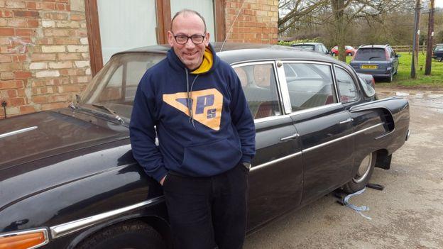 Dave Richards dice que es vital buscar ayuda antes de comprar un auto clásico