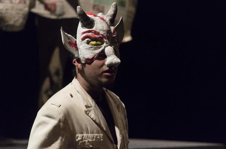 Miguel Cara de Ángel es uno de los personajes principales.