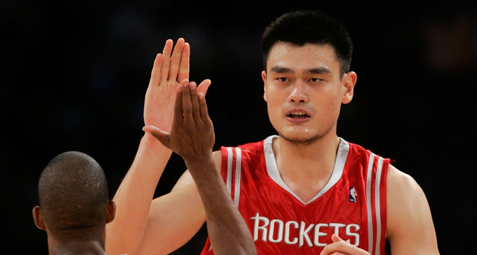 El exjugador de baloncesto chino Yao Ming podría ser el nuevo presidente de la federación de su país (Foto Prensa Libre: tomada de internet)