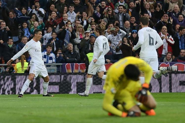 Cristiano Ronaldo fue el salvador del Real Madrid esta tarde en el Bernabéu. (Foto Prensa Libre: AFP)