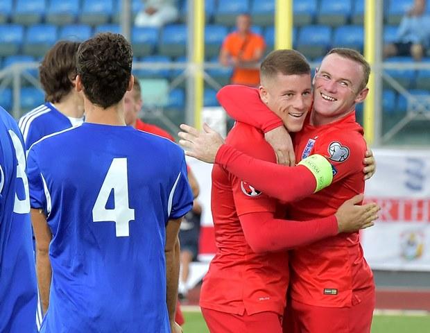 Los ingleses disfrutaron del duelo y la goleada (Foto Prensa Libre: AFP)