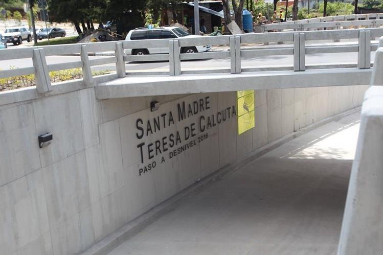 El viaducto Santa Madre Teresa de Calcuta, Cayalá, zona 16. (Foto Prensa Libre: Hemeroteca PL)