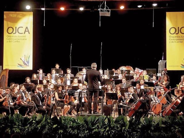 La orquesta es una oportunidad para que los jóvenes músicos destaquen en sus ramas musicales.