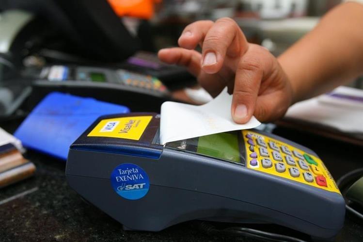 Los cambios en la Ley de Bancos pretenden limitar el hostigamiento a los usuarios. (Foto Prensa Libre: Hemeroteca PL)