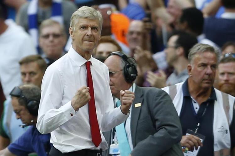 Wenger tiene como objetivo ganar títulos en Europa para el Arsenal. (Foto Prensa Libre: AFP)