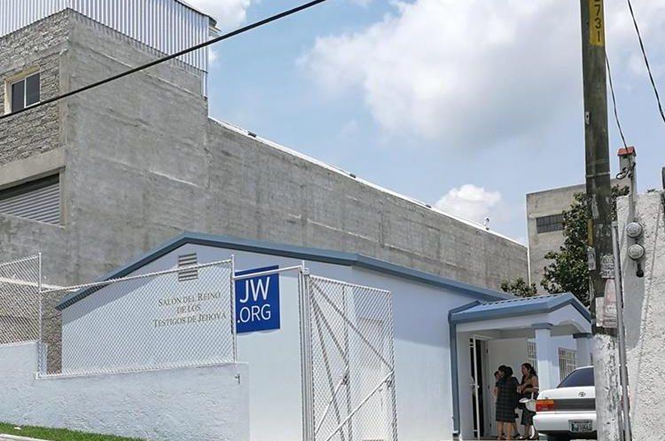En Guatemala son alrededor de 40 mil testigos de Jehová. Sus sedes son pequeñas y sin ningún tipo de ornamentación. Foto Prensa Libre: Roberto Villalobos Viato.