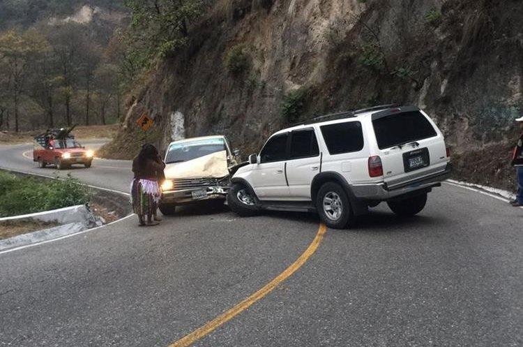 Una serie de accidentes se registraron en los últimos días en la ruta entre Chichicastenango y Quiché. (Foto Prensa Libre: Héctor Cordero)