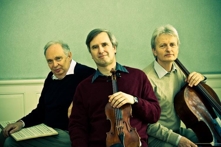 Ivan Klansky, piano; Cenek Pavlik, violín, y Marek Jerie, violonchelo, integrantes del Trío Guarneri, endulzarán los oídos de los asistentes en Guatemala con un repertorio clásico para tríos.