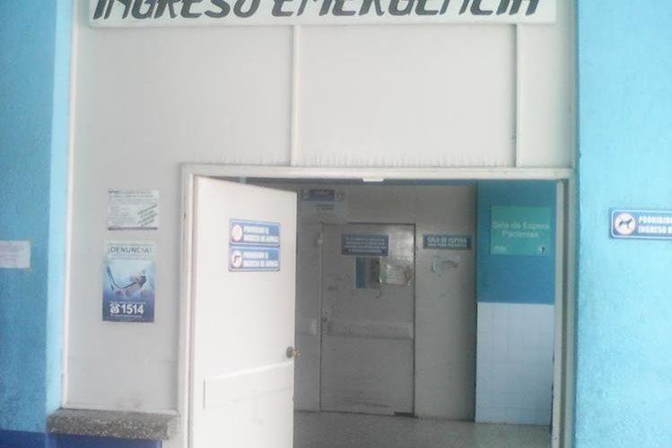 Hospital Nacional de Chiquimula donde permanecía internado David Rivera, quien falleció a causa de quemaduras. (Foto Prensa Libre: Edwin Paxtor)