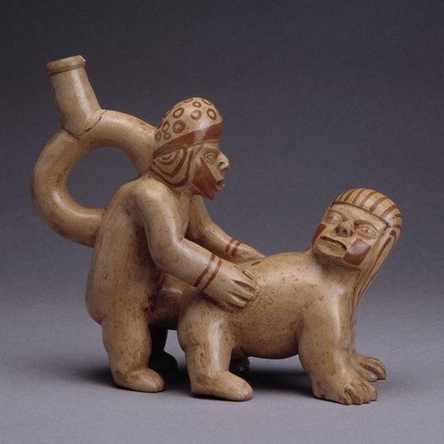 Los moches representaban la eyaculación como una alegoría de las semillas fértiles. MUSEO LARCO, LIMA - PERÚ