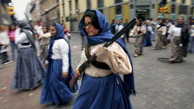 Las revolucionarias mexicanas no tenían ese estilo de peinado. GETTY IMAGES
