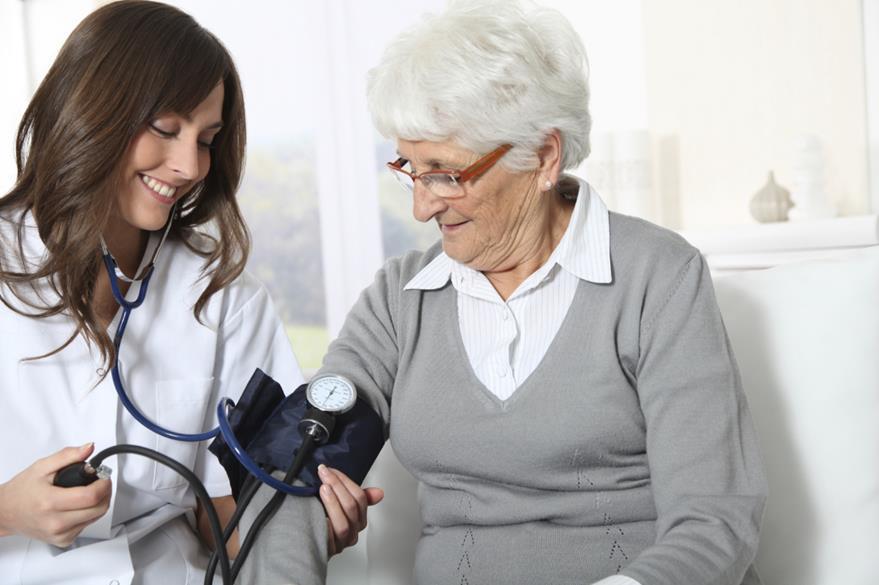 Los cambios  en presión arterial y resequedad en la piel son algunos síntomas temprano de párkinson.(Foto Prensa Libre: Hemeroteca PL).