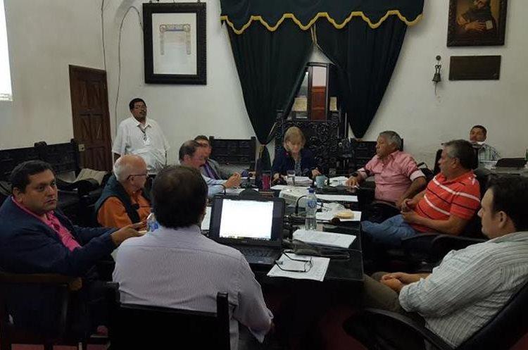 La CGC recomendó al Concejo velar por la adecuada administración y patrimonio municipal. (Foto Prensa Libre: Julio Sicán)