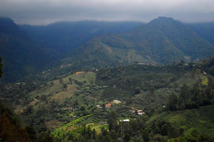 """En el sur de Esquipulas, Chiquimula, en el Plan de La Arada, Santa Rosalía, se encuentra la reserva natural Cerro Montecristo, uno de los encantos del municipio.&nbsp;<span style=""""font-family: arial, sans-serif; font-size: 12.8px; text-align: justify;"""">PRENSA LIBRE/ MARIO MORALES</span>"""
