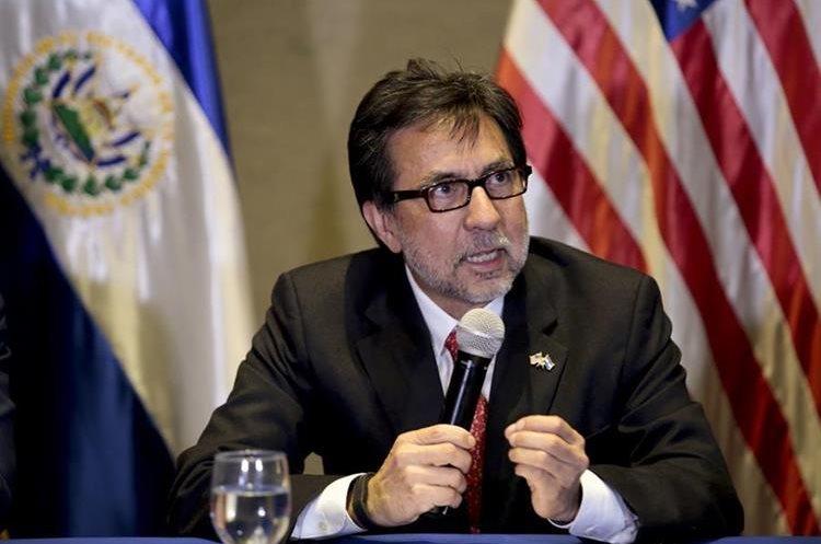 Luis Arreaga ha reiterado la importancia de mejorar la seguridad y la inversión en Guatemala para disminuir la inmigración. (Foto Prensa Libre: Hemeroteca PL)