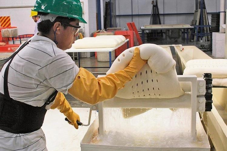 sector de caucho requiere más industrialización.
