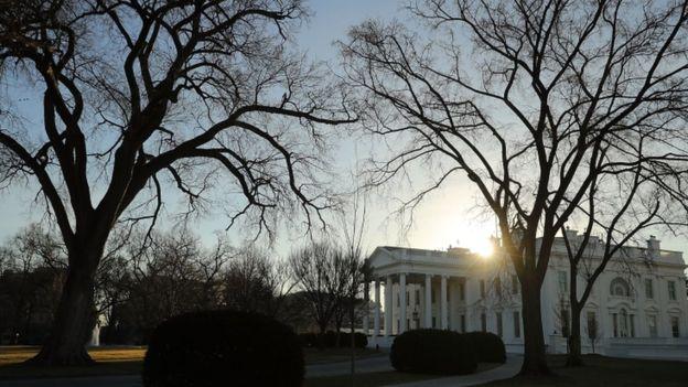 Desde la Casa Blanca ya en horas de la tarde se había llamado a todas las agencias federales a prepararse para el cierre. GETTY IMAGES