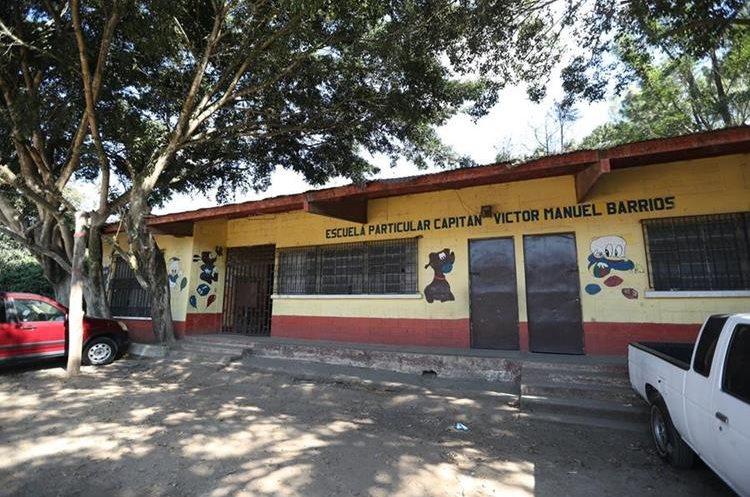 En la Escuela Particular Capitan Victor Manuel Barrios, ubicada en la Colonia Sakerti II  zona 7 estudian 90 niños. (Foto Prensa Libre: Esbin García)