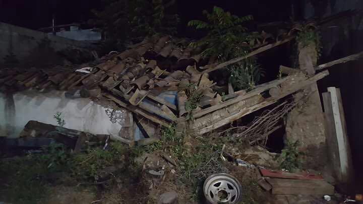 En Quiché se cayó una vivienda y por el momento no se reportan víctimas.