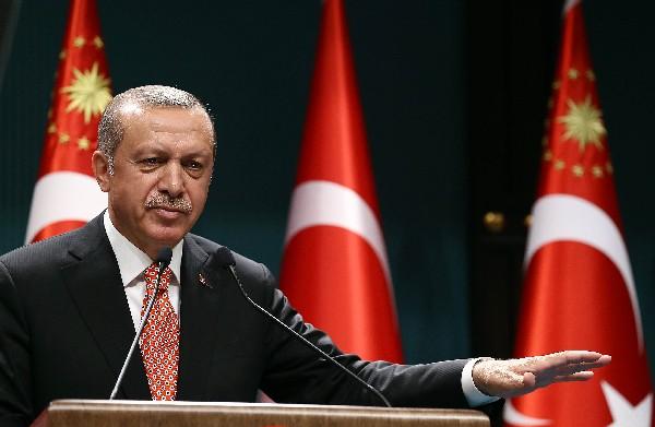 Recep Tayyip Erdogan, durante una conferencia de prensa en Ankara, Turquía. (Foto Prensa Libre:AFP).