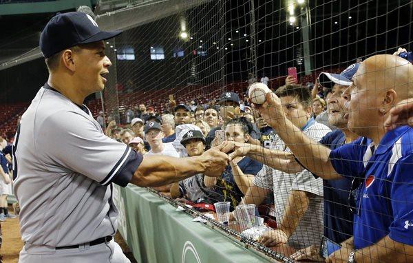 Álex Rodríguez ayudo al triunfo de su equipo. (Foto Prensa Libre: AP)