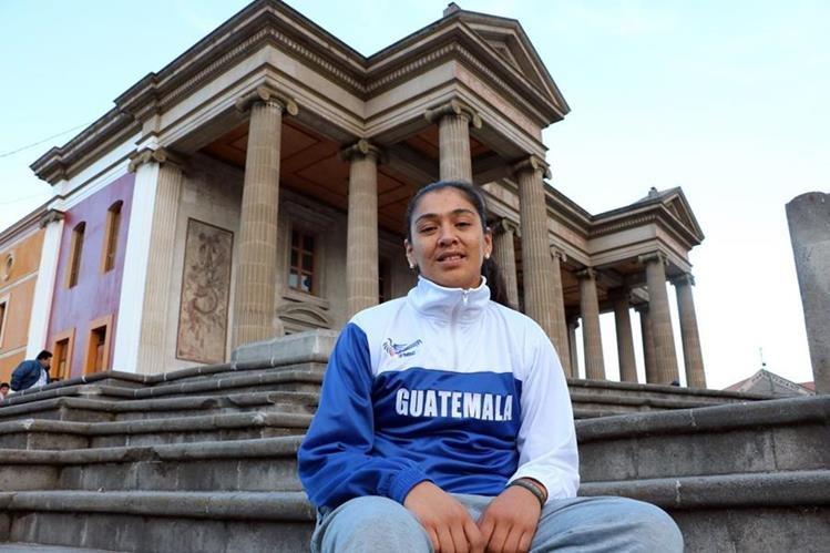 Vanessa Vásquez fichó para un club boliviano y buscará hacer un buen papel en esa país. (Foto Prensa Libre: Carlos Ventura)