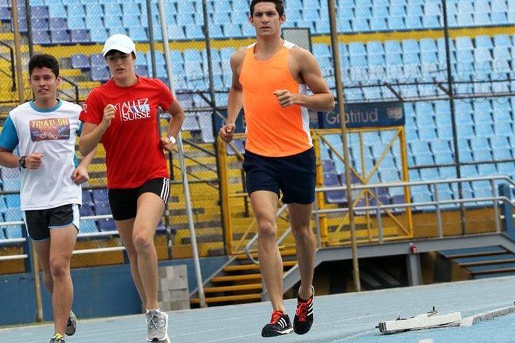Charles Fernández se prepara para los Juegos Olímpicos de Río 2016. (Foto Prensa Libre: Carlos Vicente)