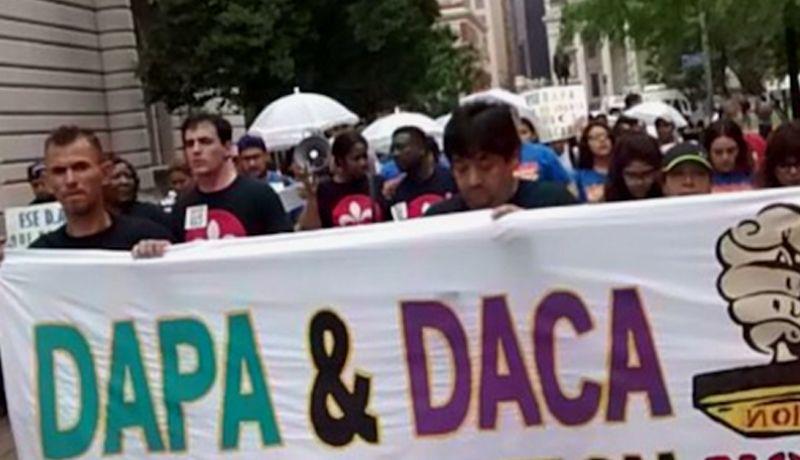 El programa de protección a padres, al igual que el de jóvenes inmigrantes, fue creado en un memo durante el gobierno de Obama.
