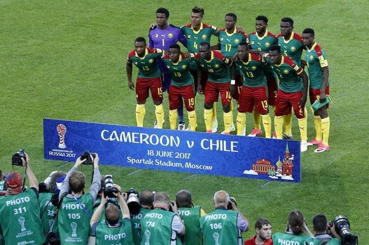 Camerún debutó este domingo en la Copa Confederaciones 2017. (Foto Prensa Libre: EFE)