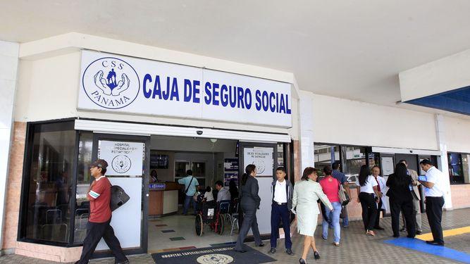 Sector empresarial considera que sistema de Seguro Social atraviesa crisis por fondos de pensión.