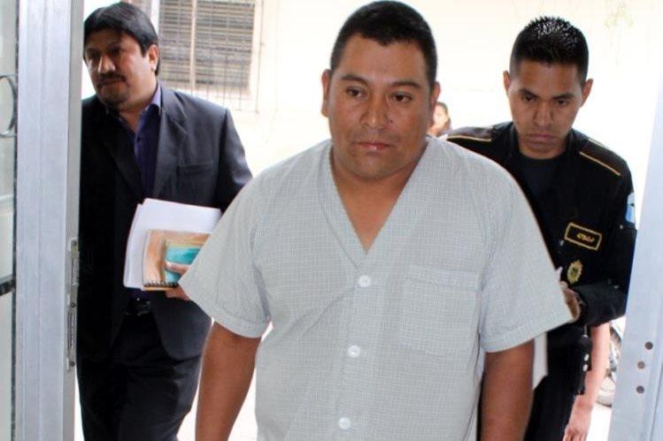 Domingo Colaj Ixcuná es sindicado de dos delitos por la muerte de siete pasajeros. (Foto Prensa Libre: Óscar Figueroa)